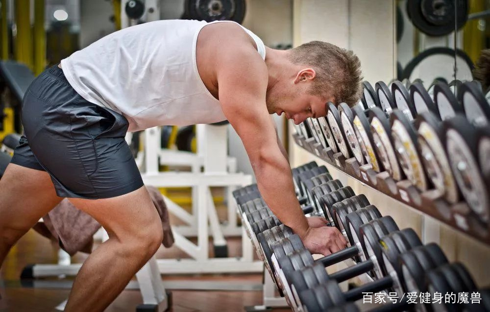 【用超级组训练,让双腿更雄壮】