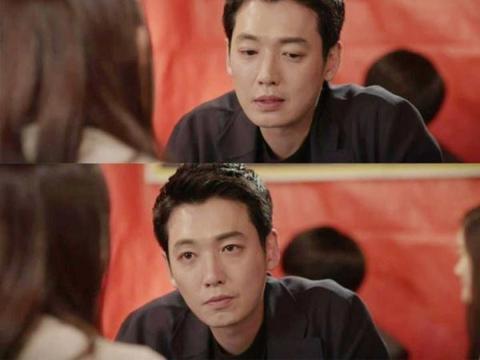 《机智牢房生活》中,李俊浩对金济赫是什么感情?