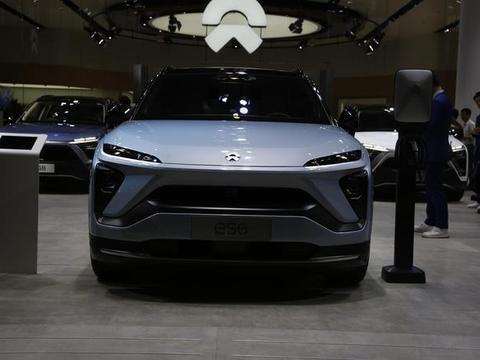 轴距2.9米,纯电动中型SUV蔚来ES6亮相海口新能源车展