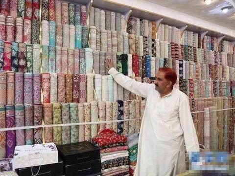 中国制造商品在巴基斯坦受欢迎,游客在当地得热情对待!