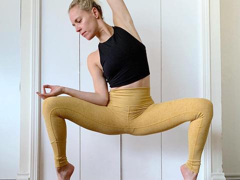产后不复胖的瑜伽动作,教你7个瘦身动作,坚持1月瘦下来