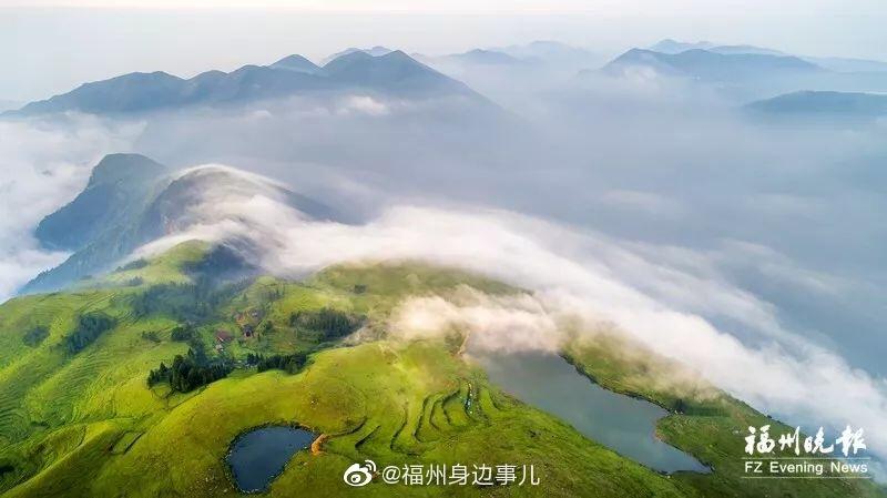 惊世美颜!福州这处秘境,藏着高山天池和万亩草场
