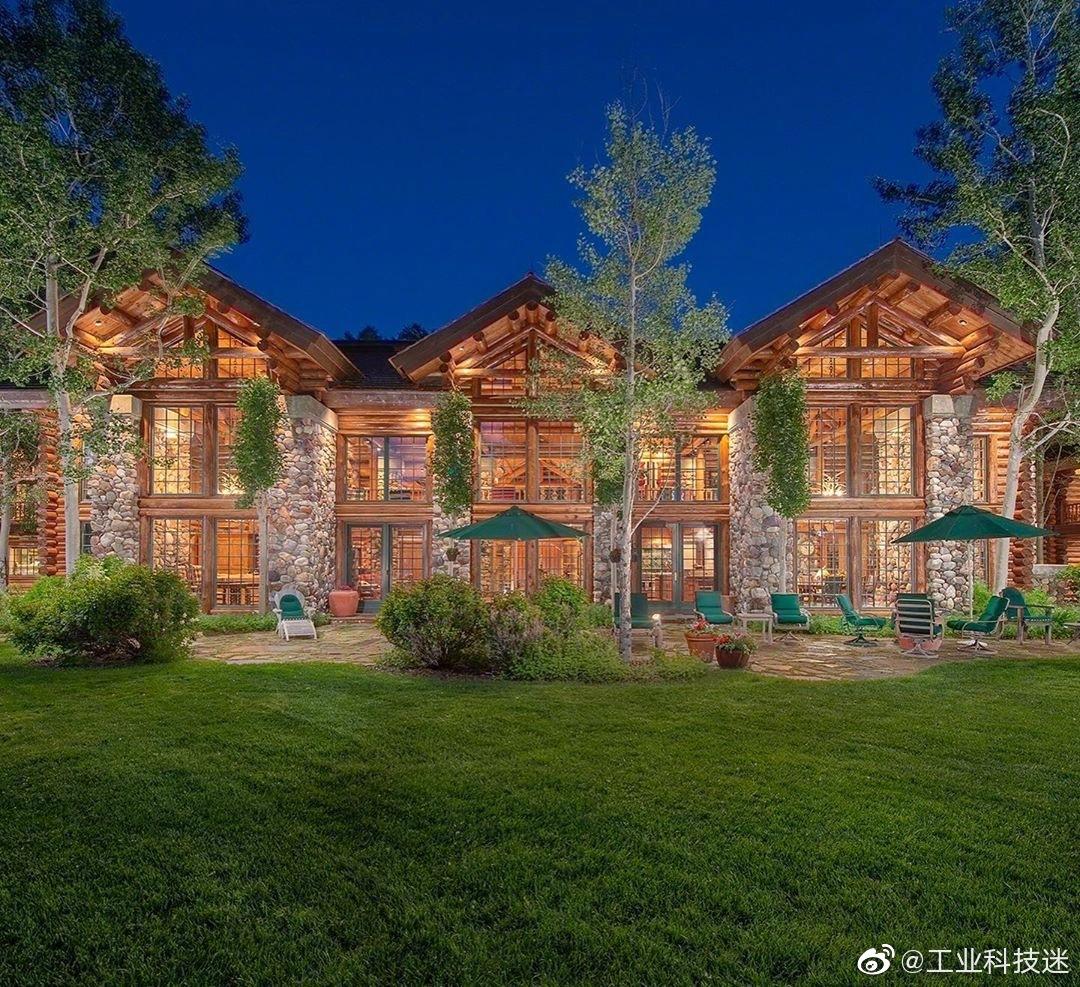 这套位于美国怀俄明州魔幻色彩的房子,你认为你在多少岁时候能拿下