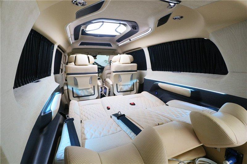 豪华七座mpv奔驰v260新款商务车大空间还带双人床图片