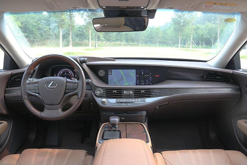 3.5L+V6 没有混动的雷克萨斯LS 350到底值不值得买