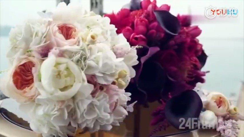 重温陈晓陈妍希的婚礼视频,真的好戳少女心好甜蜜啊,经典的头纱吻