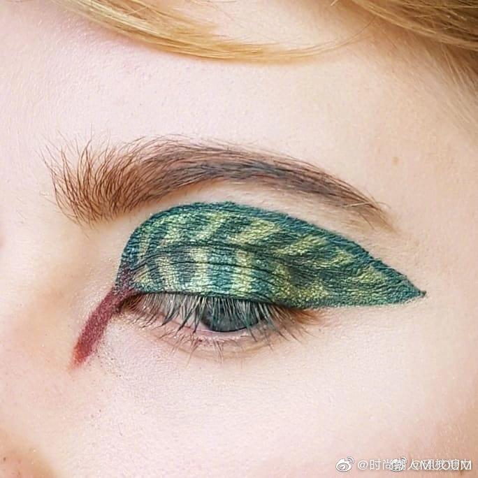 艺术家clare乐忠于以大自然中的植物和动物为创作灵感制作创意眼妆