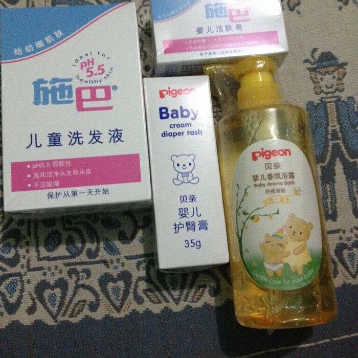 适合宝宝的洗护用品  @新浪育儿 施巴儿童洗发液,淡淡的香味