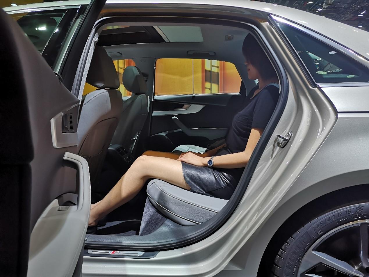 8台豪华中级车舒适性大横评!全新3系表现亮眼!