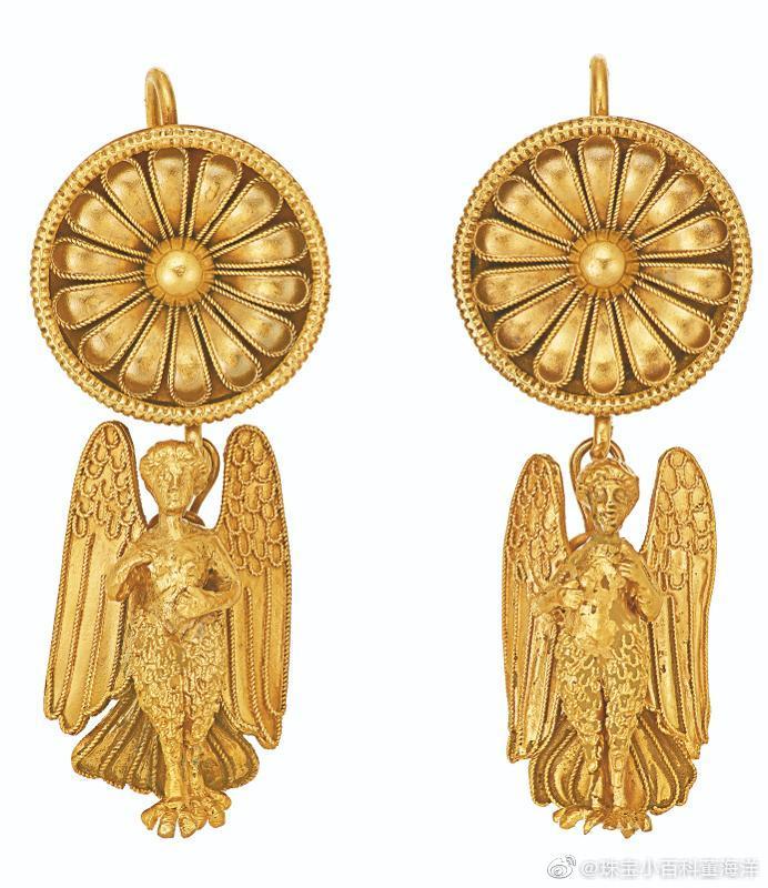 12月11日纽约佳士得瑰丽珠宝拍卖的一部分展品