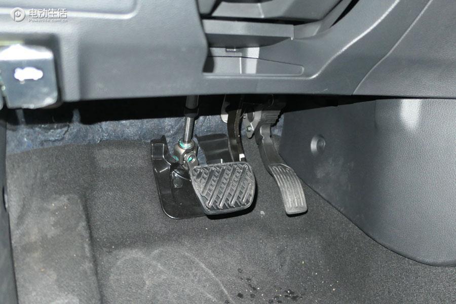 不一样试驾体验 评东风启辰D60 EV三厢轿车