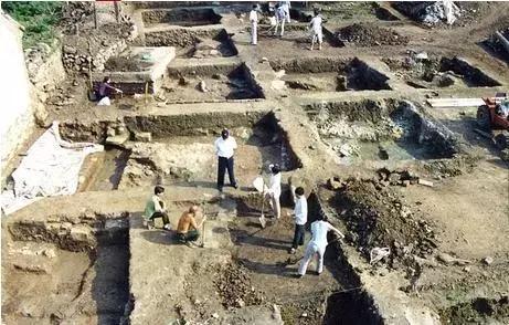 北宋汝窑瓷器是怎样发现的?