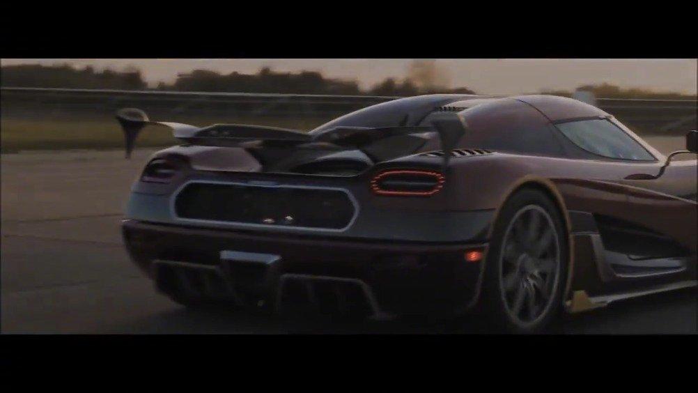 2018款科尼塞克幽灵跑车vs布加迪Chiron,究竟谁是世界上最快的车?