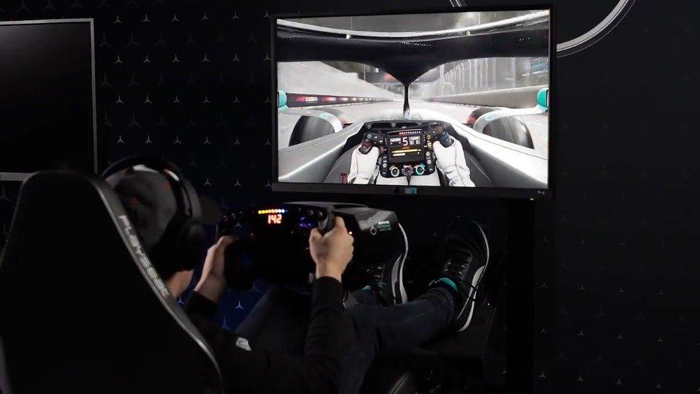 两届F1电竞世界冠军Brendon Leigh带来的F1新加坡站单圈讲解视频来源