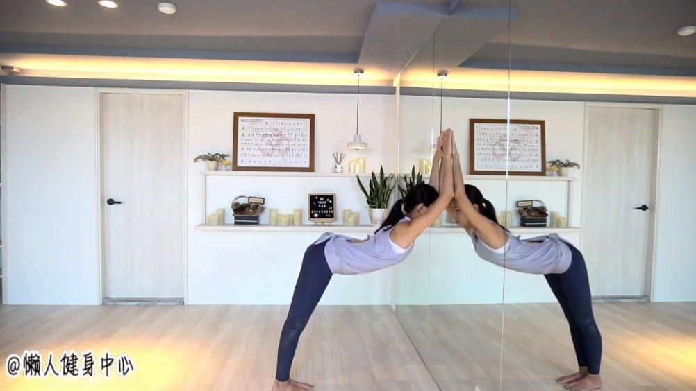 改善圆肩/驼背/脖子前倾(舒缓肩颈僵硬) 墙瑜珈,不需要瑜伽垫
