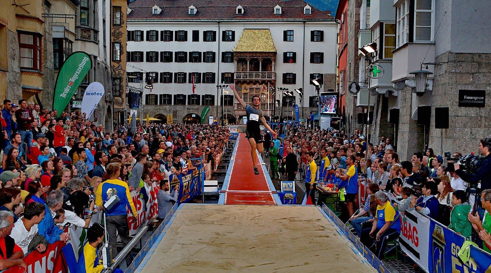 当地时间6月9日,在奥地利因斯布鲁克举行的第15届黄金屋顶挑战赛