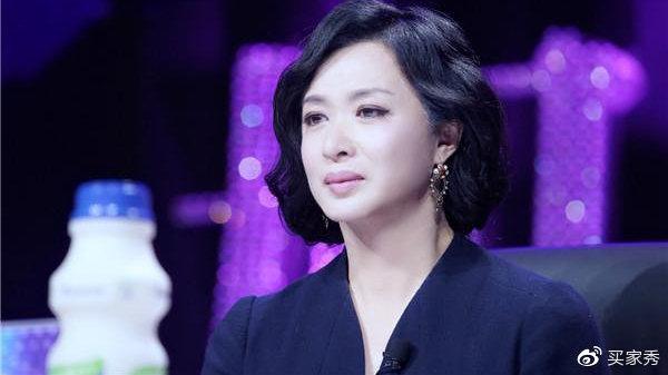 继金星后又一男星变性成功,术后痛到满地爬,如今比杨颖还美!