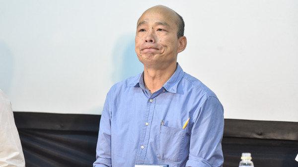 """国民党宣示绝不""""换瑜"""" 要各县市速挂韩国瑜广告牌"""