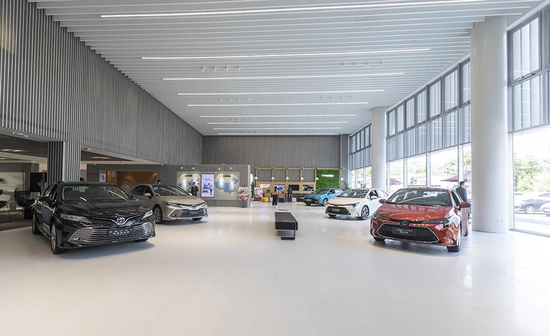 买辆几万的家轿,却修出了豪车的体验?!