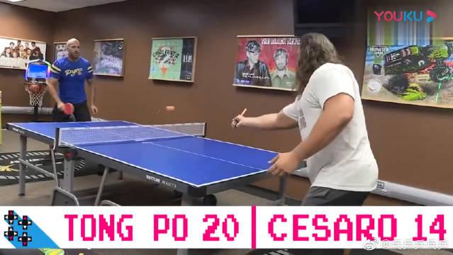 WWE乒乓球大战,瑞士超人对战保加利亚雄狮