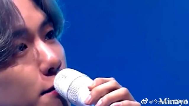 唱这么稳,让别人怎么活?新人歌手EXO边伯贤的消音实力如何?