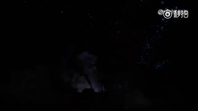 新西兰的一个萤火虫洞,一个逆天的山洞,美