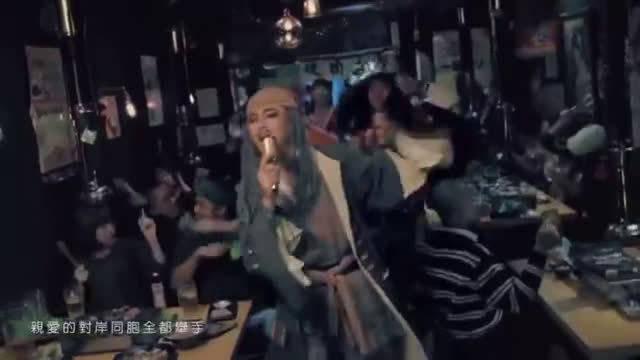 台湾歌手谢和弦再度吸毒被抓!老婆含泪举报,我以前还听过他的歌