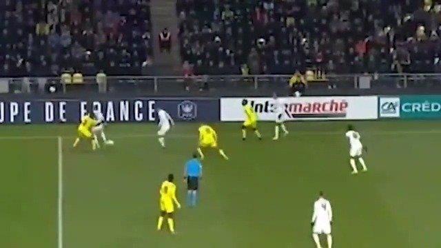 昨天两球两助的里昂16岁天才切尔基还有如此球王时刻!