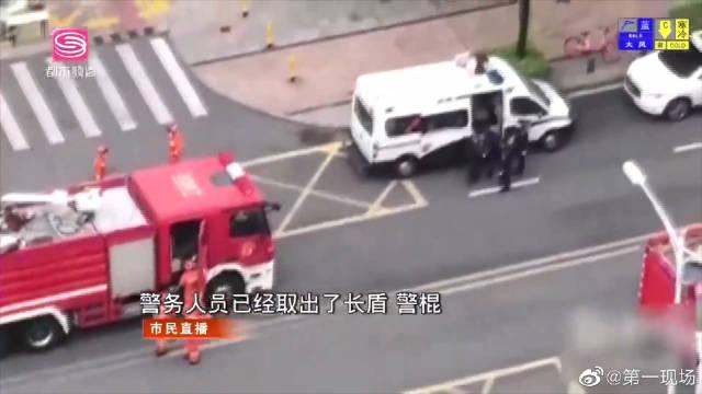 深圳南山区出现大量警车和消防车 市民怀疑发生暴力事件