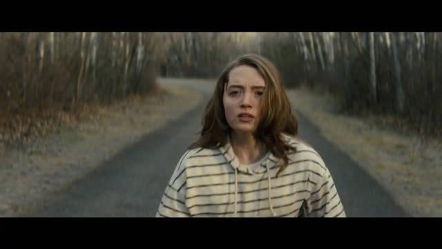 莎拉·保罗森、基拉·艾伦主演惊悚片《逃跑》发布预告,母女撕逼大戏