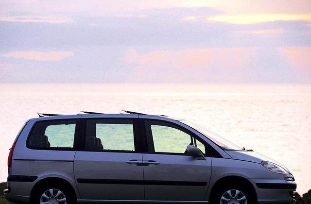 标致807经典的外观,满满的力量感,堪称汽车界的良心
