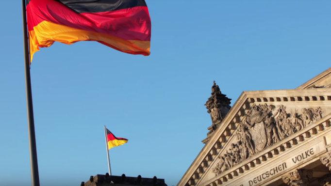 德国电信巨头宣布重大投资计划,将与华为合作!加拿大却还在犹豫?