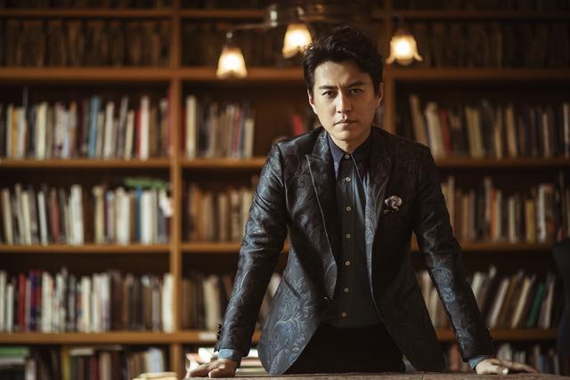 靳东携现实题材强势回归《精英律师》突围年末古装混战图片