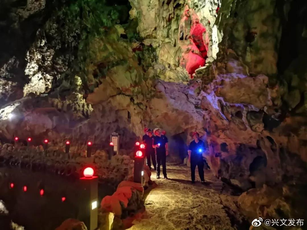 兴文石海、僰王山景区未受到地震影响,旅游秩序井然