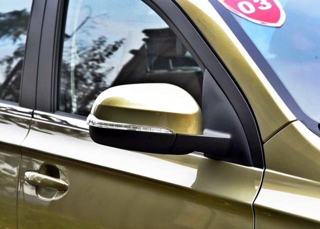 农民买车就选它,7座SUV标配ESP,仅4w多比五菱宏光有面子!