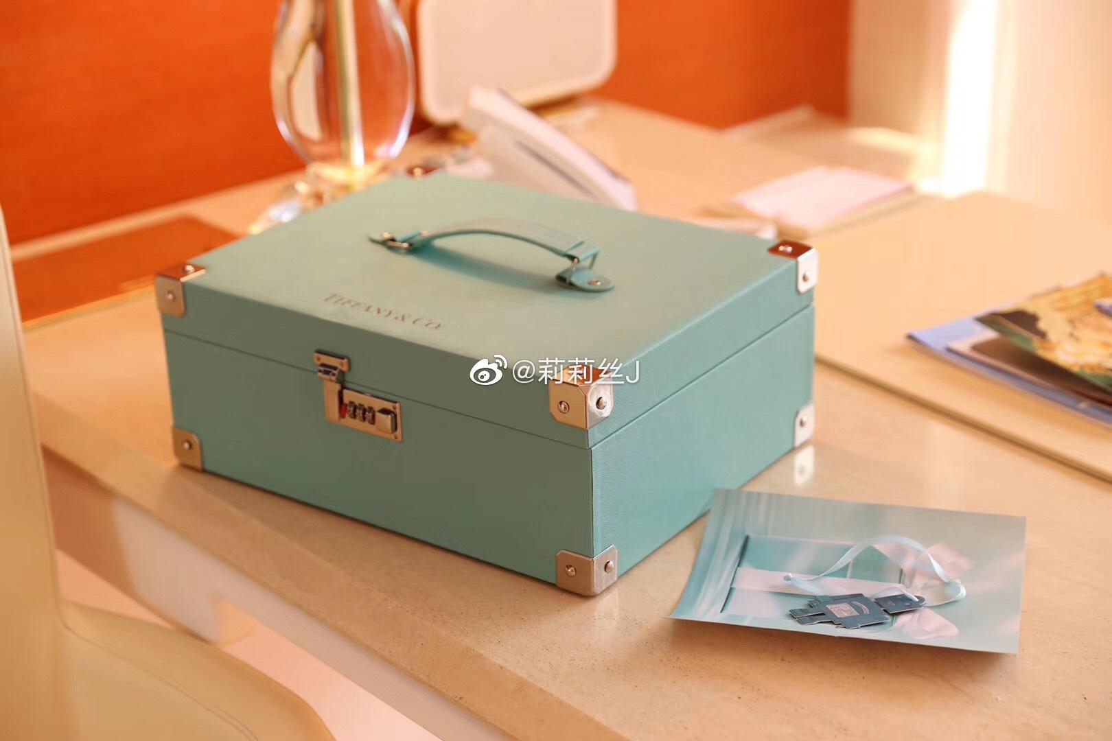 Tiffany 蒂凡尼 蒂芙尼 月餅禮盒不專門想文案咯識貨