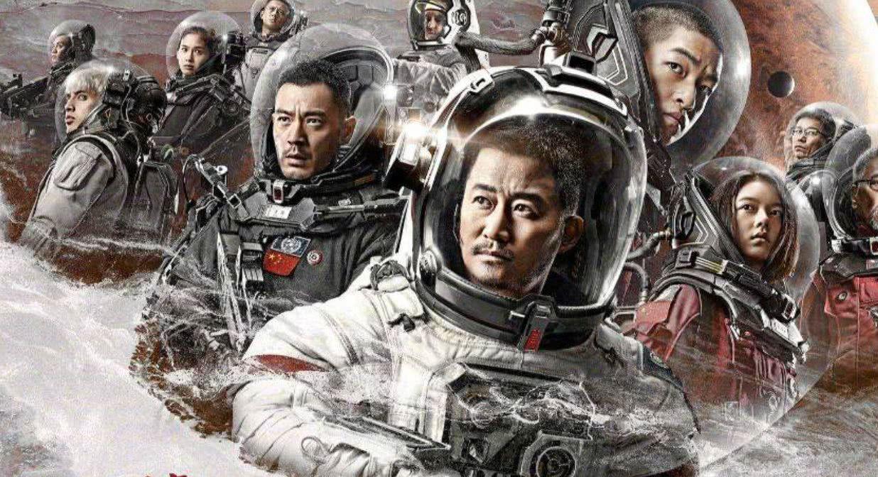 卡梅隆《战斗天使》9天后上映,《流浪地球》狙击者要来了!
