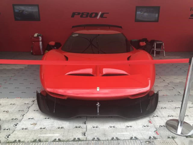 法拉利最新个人定制,配赛车方向盘外观超战斗,仅此一辆!