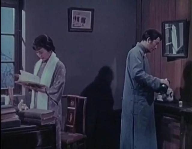 昔日影星孙道临、谢芳、上官云珠主演,这好戏,就是再埋50年也香