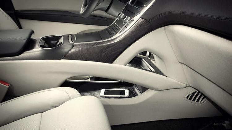 全系进口,面临换代,狂降五万,这款豪华SUV的最佳入手时机