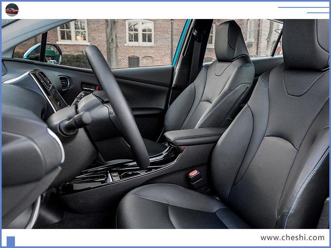 丰田这款轿车,造型个性,油耗超低,觉得大众平庸,可以看看它