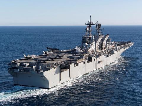美拥有11艘核航母还嫌少,让两栖攻击舰搭F35B,接制海作战重任
