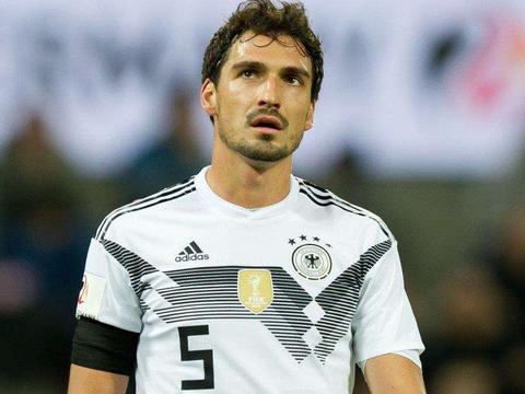 拜仁和德国队的后防线核心聚勒重伤,勒夫这次会考虑胡梅尔斯吗?