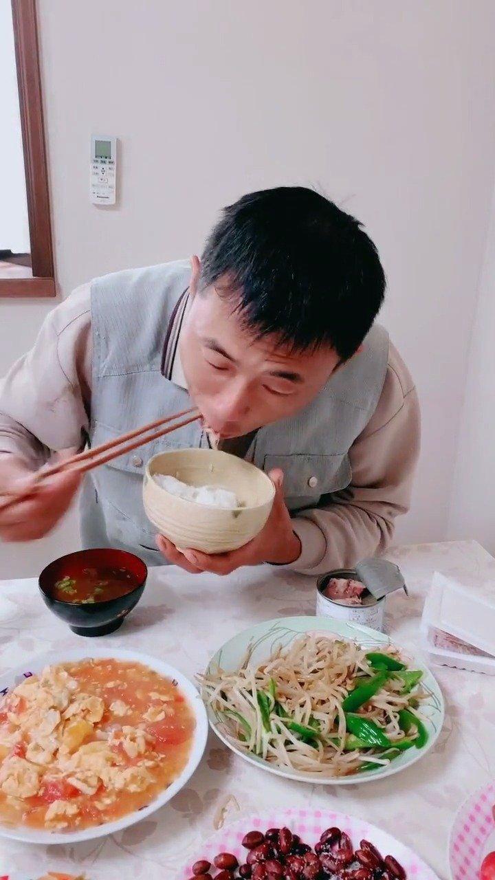 鲭鱼罐头,吃播,老杨大哥