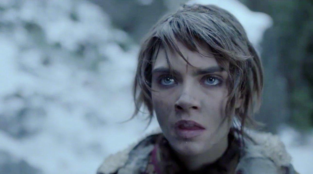 奥兰多·布鲁姆和卡拉·迪瓦伊主演的Amazon奇幻剧《狂欢命案》发布正式