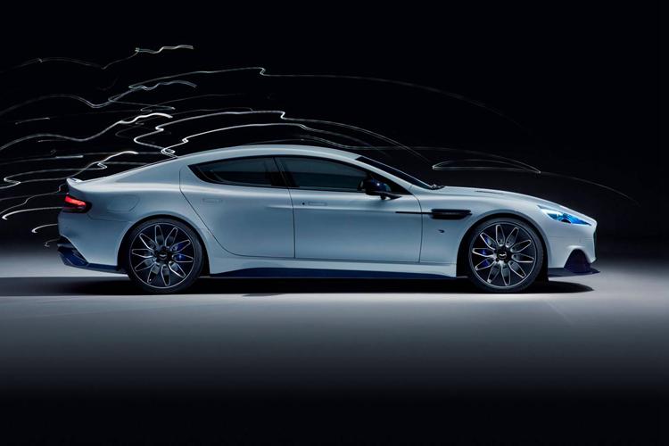 告别V8大自吸时代,就连007也要适应新能源发展浪潮?