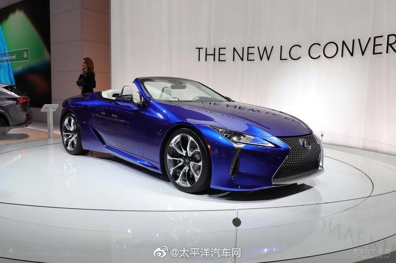 雷克萨斯LC Convertible量产版(LC500敞篷版)在2019洛杉矶车展首发