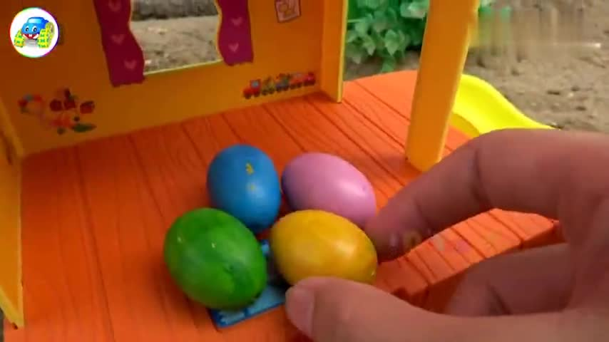 玩具计划汽车消防车和货车帮助鸭妈妈搬家,婴幼儿宝宝游戏视频