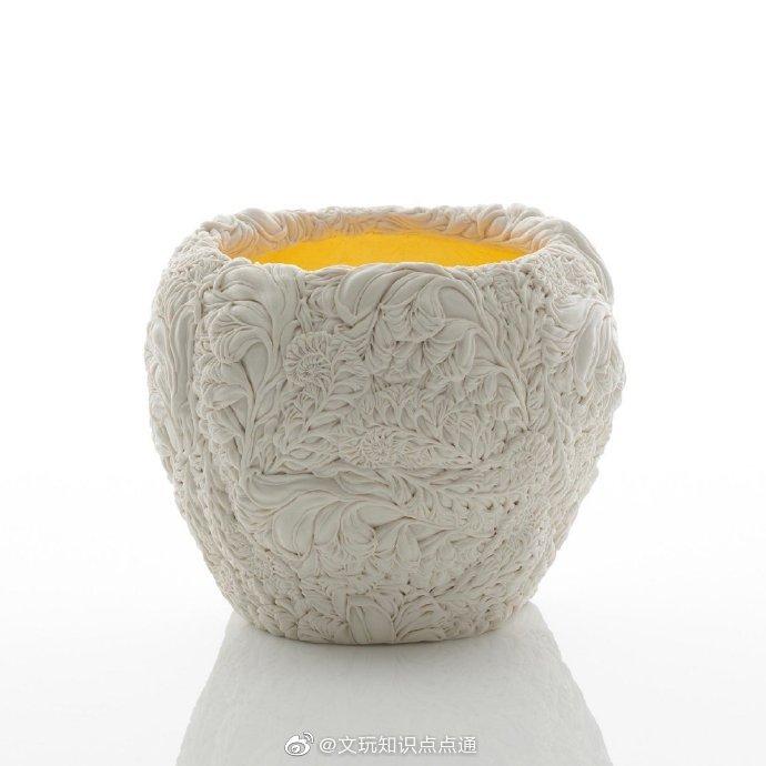 日裔陶艺家  Hitomi Hosono作品,用陶瓷还原叶片的细腻质感