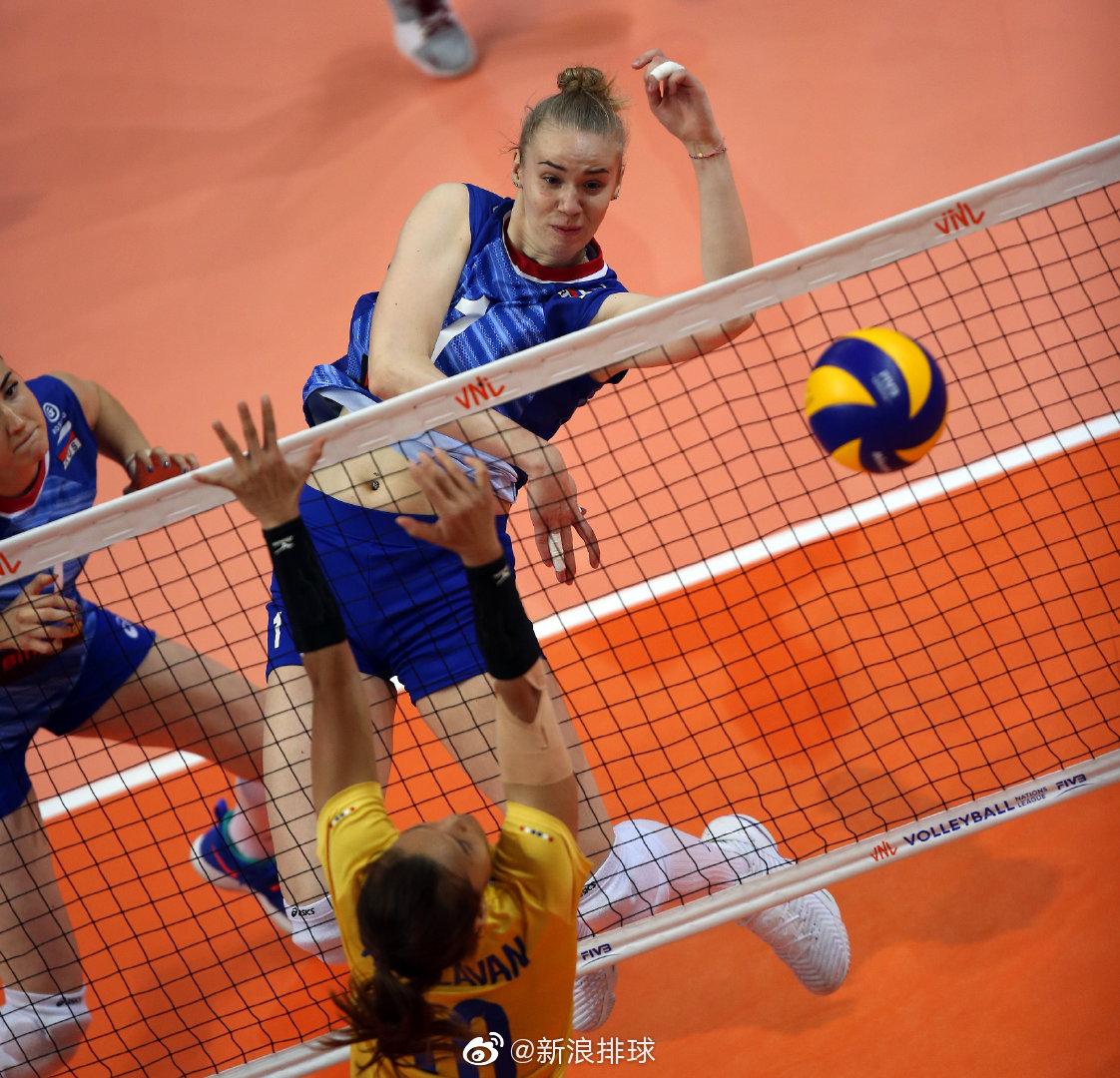 俄罗斯叶卡捷琳堡站,俄罗斯女排1-3泰国女排